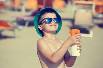 קרם הגנה זה חובה - איך להיות חכם בשמש