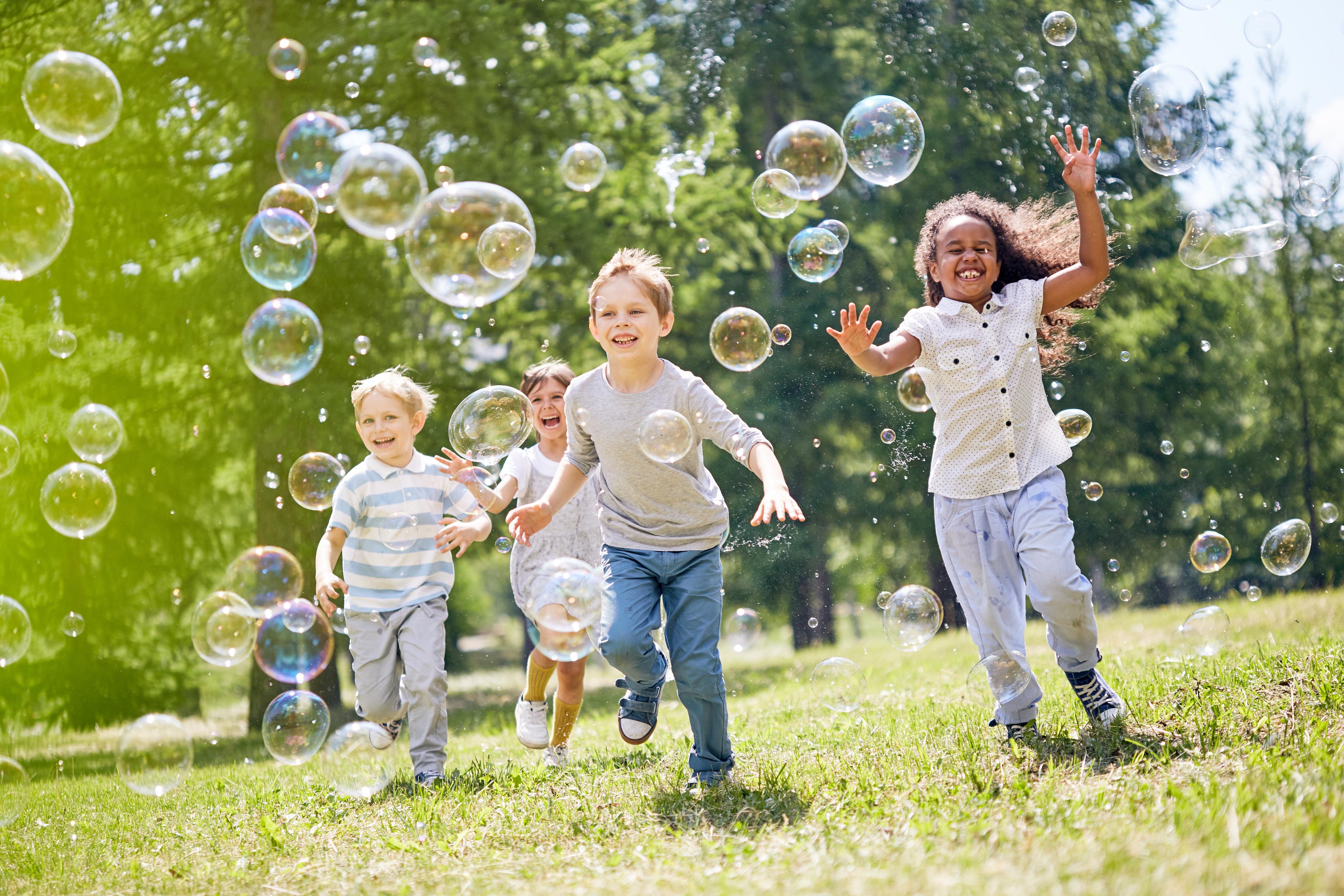 אילו אטרקציות לילדים במרכז בשבת יש?